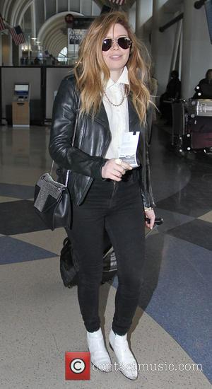 Natasha Lyonne - Orange Is the New Black actress, Natasha Lyonne departs from C International Airport (LAX) - Los Angeles,...