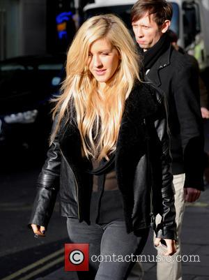 Ellie Goulding Topples Mark Ronson Atop U.k. Singles Chart