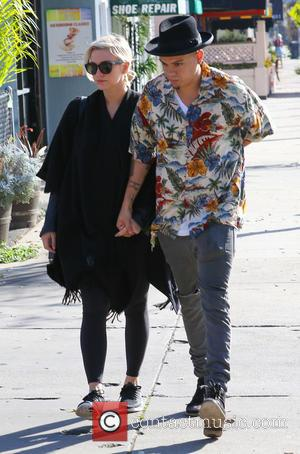 Ashlee Simpson and Evan Ross - Ashlee Simpson and Evan Ross have breakfast in Los Angeles - Los Angeles, California,...