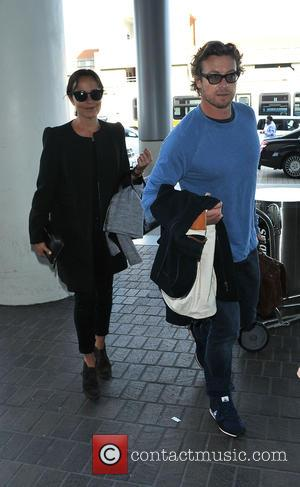 Simon Baker and Rebecca Rigg - Simon Baker, star of the CBS television series 'The Mentalist' arrives at Los Angeles...