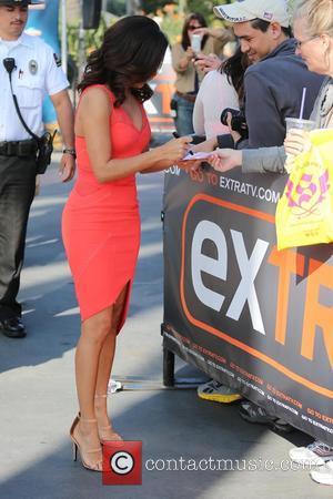 Eva Longoria - Eva Longoria appears on Extra - Los Angeles, California, United States - Wednesday 4th February 2015