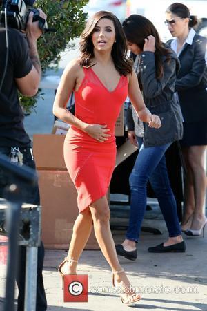 Eva Longoria - Eva Longoria appears on 'Extra' at Universal Studios - Los Angeles, California, United States - Wednesday 4th...