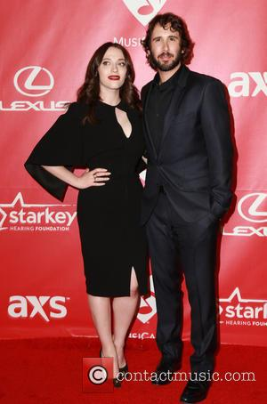 Kat Dennings and Josh Groban