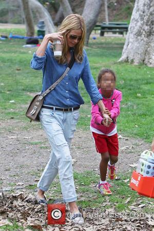 Heidi Klum and Lou Samuel - Heidi Klum and Seal watch their kids play soccer in Brentwood - Los Angeles,...