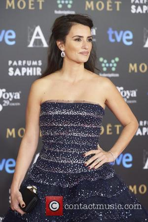 Penelope Cruz Makes First Public Appearance After Father's Death