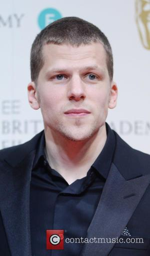 Jesse Eisenberg Clarifies What He Meant By Comic-Con 'Genocide' Comparison