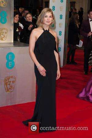 Rosamund Pike - EE British Academy Film Awards (BAFTA) at The Royal Opera House - Red Carpet Arrivals at Covent...
