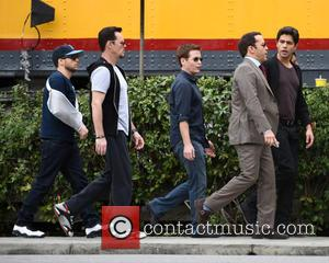 Kevin Connolly, Jerry Ferrara, Adrian Grenier, Kevin Dillon and Jeremy Piven - The 'Entourage' cast film an ending scene in...