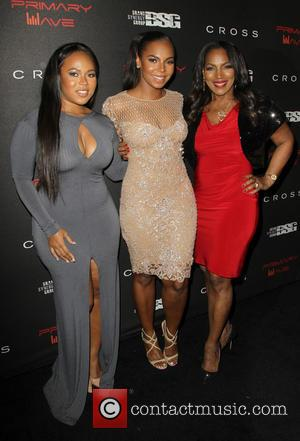 Kenashia Douglas, Ashanti and Tina Douglas