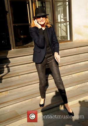 Rene Russo - Rene Russo leaves The Corinthian Hotel - London, United Kingdom - Monday 9th February 2015