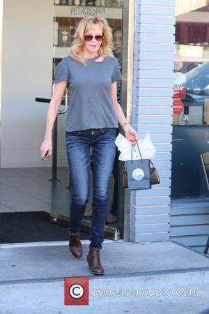 Melanie Griffith - Melanie Griffith was having lunch in Beverly Hills - Los Angeles, California, United States - Tuesday 10th...