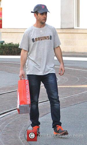 Joey McIntyre - Youngest member of the musical group New Kids on the Block, Joey McIntyre takes his family shopping...