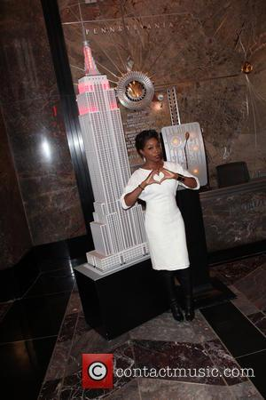 Estelle - British singer-songwriter Estelle illuminates the Empire State Building in red for Valentine's Day - New York City, New...