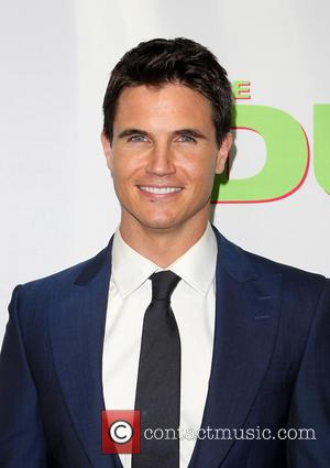 Robbie Amell - Los Angeles fan screening of THE DUFF at TCL Chinese 6 Theatres - Hollywood, California, United States...