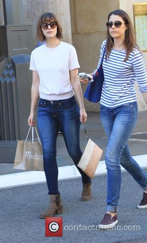 Mary Elizabeth Winstead - Actress Mary Elizabeth Winstead and a friend go shopping at The Grove in Hollywood - Hollywood,...