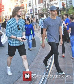 Jay McGuiness and Siva Kaneswaran - Siva Kaneswaran and Jay McGuiness from 'The Wanted' have lunch together at Cheesecake Factory...