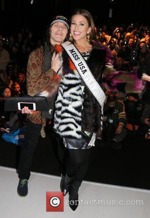 Nia Sanchez - Mercedes-Benz Fashion Week New York Fall/Winter 2015 - Custo Barcelona - Front Row - New York City,...