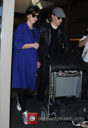 Benedict Cumberbatch and Sophie Hunter - Benedict Cumberbatch and his pregnant wife, Sophie Hunter arrive at Los Angeles International Airport...