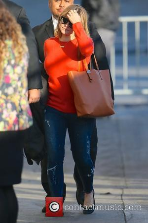 Kristen Bell - Kristen Bell seen arriving at ABC studios for Jimmy Kimmel Live at Hollywood - Los Angeles, California,...