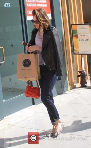 Mandy Moore - Mandy Moore grabs juice at Pressed Juicery in Beverly Hills - Beverly Hills, California, United States -...