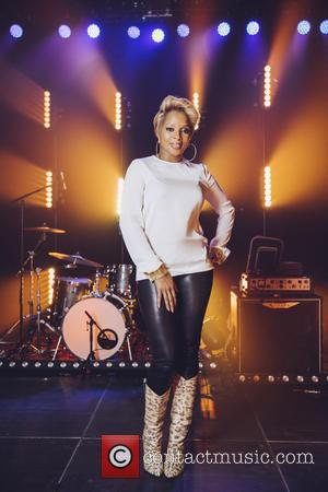 Mary J. Blige - A Mary J. Blige superfan was left speechless when what she thought was a live-streamed performance...
