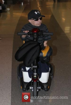Verne Troyer Captures Lax Airport Drama On Cellphone Video