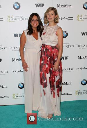 Cathy Schulman and Rosamund Pike