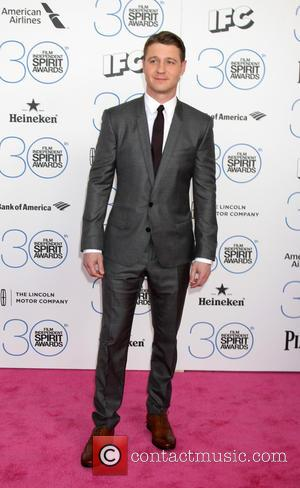 Benjamin McKenzie - 30th Film Independent Spirit Awards - Arrivals at Tent on the beach, Independent Spirit Awards - Santa...