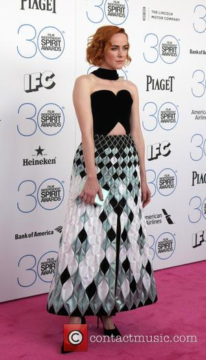 Jena Malone - 30th Film Independent Spirit Awards - Arrivals at Tent on the beach, Independent Spirit Awards - Santa...