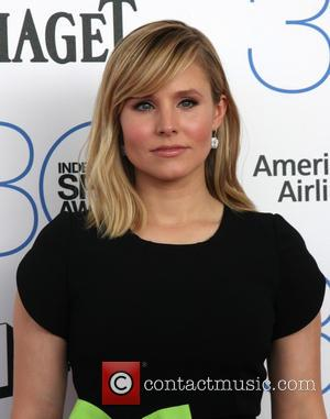 Kristen Bell - 30th Film Independent Spirit Awards - Arrivals at Tent on the beach, Independent Spirit Awards - Santa...