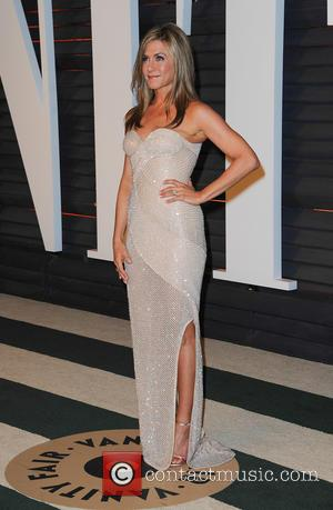 "Jennifer Aniston On Cosmetic Injections: ""It's A Slippery Slope"""