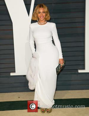 Beyoncé - Celebrities attend 2015 Vanity Fair Oscar Party at Wallis Annenberg Center for the Performing Arts with City Hall...