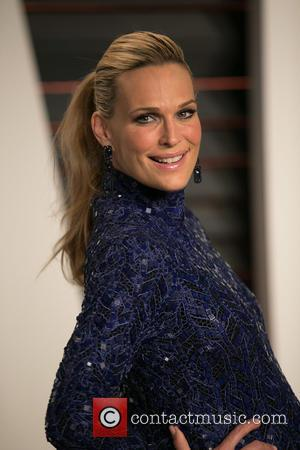 Molly Sims - Celebrities attend 2015 Vanity Fair Oscar Party at Wallis Annenberg Center for the Performing Arts with City...