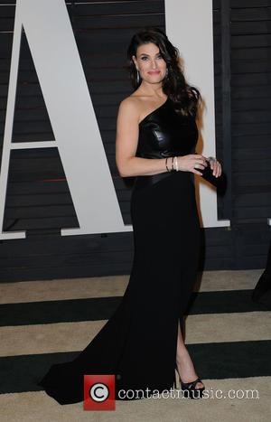 Idina Menzel - The 87th Annual Oscars - Vanity Fair Oscar Party at Wallis Annenberg Center for the Performing Arts...