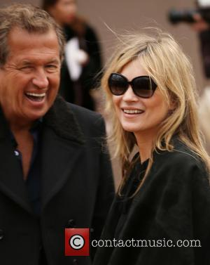 Mario Testino and Kate moss - Burberry Prorsum Womenswear AW15 Arrivals - London, United Kingdom - Monday 23rd February 2015