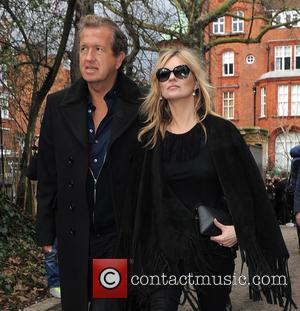 Mario Testino and Kate Moss - London Fashion Week Autumn/Winter 2015 -  Burberry Prorsum - Outside Arrivals at London...