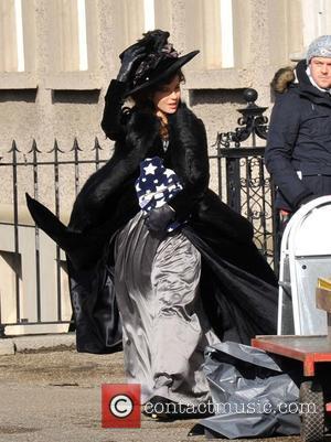 Kate Beckinsale - Kate Beckinsale and Chloe Sevigny on the set of 'Love and Friendship' - Dublin, Ireland - Monday...