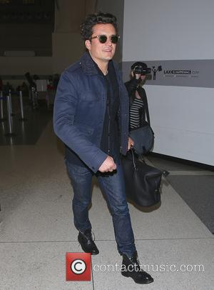 Orlando Bloom - Orlando Bloom arrives at Los Angeles International Airport (LAX) to catch a flight back to the UK...