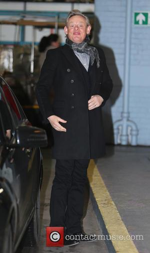 Martin Clunes - Martin Clunes outside the ITV Studios - London, United Kingdom - Wednesday 25th February 2015