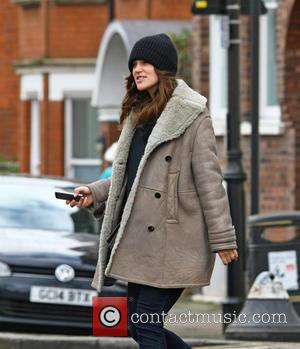 Keira Knightley - Pregnant Keira Knightley and her husband James Righton take a trip to a dry cleaners in London...