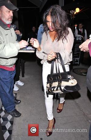 Rosario Dawson - Celebrities leaving Craig's restaurant - Los Angeles, California, United States - Thursday 26th February 2015