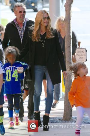 Heidi Klum and Lou Sulola Samuel - Heidi Klum goes for lunch with her family at Toscana restaurant in Brentwood...