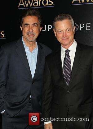 Joe Mantegna and Gary Sinise - The 3rd Annual Noble Awards at The Beverly Hilton Hotel - Beverly Hills, California,...