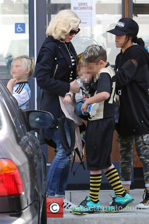 Gwen Stefani, Kingston Rossdale, Zuma Rossdale and Apollo Rossdale - Gwen Stefani takes her two eldest sons to their weekly...