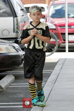 Kingston Rossdale - Gwen Stefani takes her two eldest sons to their weekly soccer practice in Los Angeles. - Los...