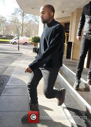 Kanye West - Kanye West  seen out and about in London leaving his hotel to go to Oxford. -...