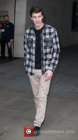 Shawn Mendes - Shawn Mendes pictured leaving the Radio 1 studio after co-hosting the Nick Grimshaw Breakfast Show. at BBC...