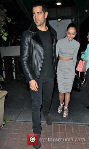 Cara Santana and Jesse Metcalfe - Celebrities at Madeo restaurant in Beverly Hills - Los Angeles, California, United States -...