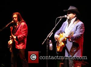 The Mavericks, Eddie Perez and Raul Malo