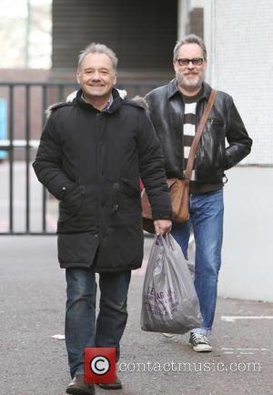 Vic Reeves , Bob Mortimer - Vic Reeves and Bob Mortimer outside ITV Studios - London, United Kingdom - Friday...